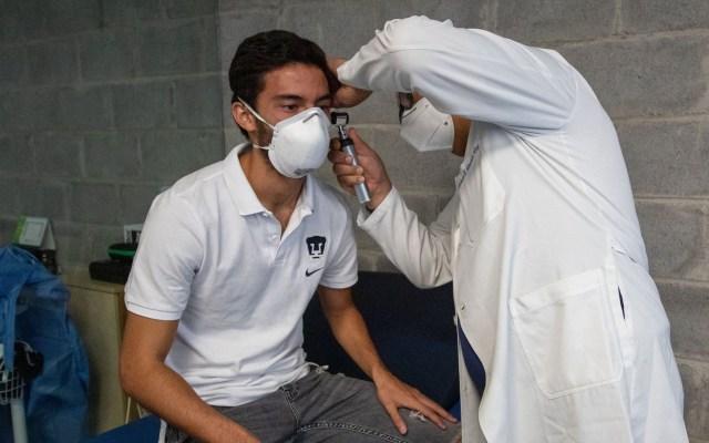 Aplican prueba de COVID-19 a jugadores de Pumas - Evaluación médica a jugadores de Pumas. Foto de @PumasMX