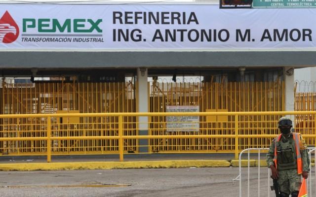 Retiran vigilancia especial en refinería de Salamanca - Guanajuato Refinería Salamanca Militares 2