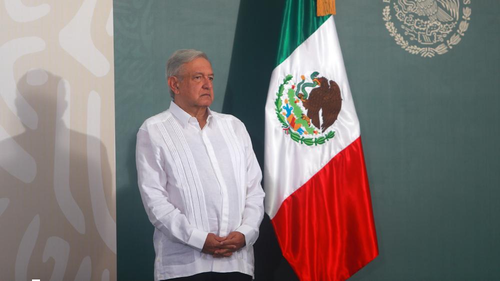 Víctimas no se quedarán sin apoyo pese a recortes: López Obrador - Foto de Notimex