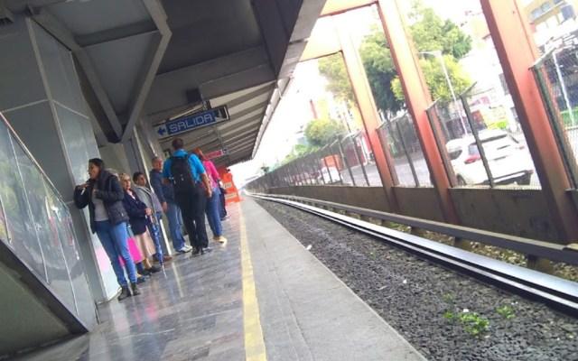 Muere hombre tras arrojarse a las vías del Metro Xola - Foto de Google Maps