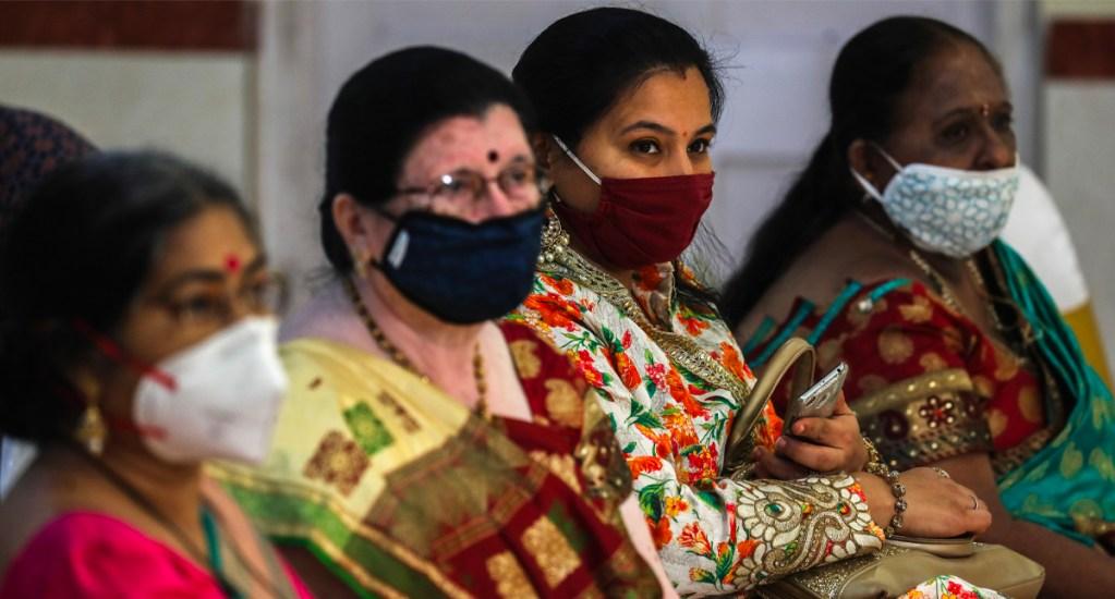 India cumple 3 meses de confinamiento; suma casi 500 mil contagios de COVID-19 - Mujeres en India en tiempos de COVID-19