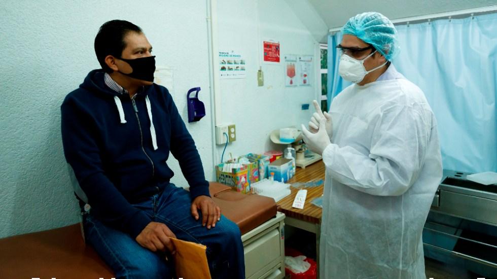 Angustia, estrés y esperanza confluyen en las pruebas de COVID-19 en México - Foto de EFE