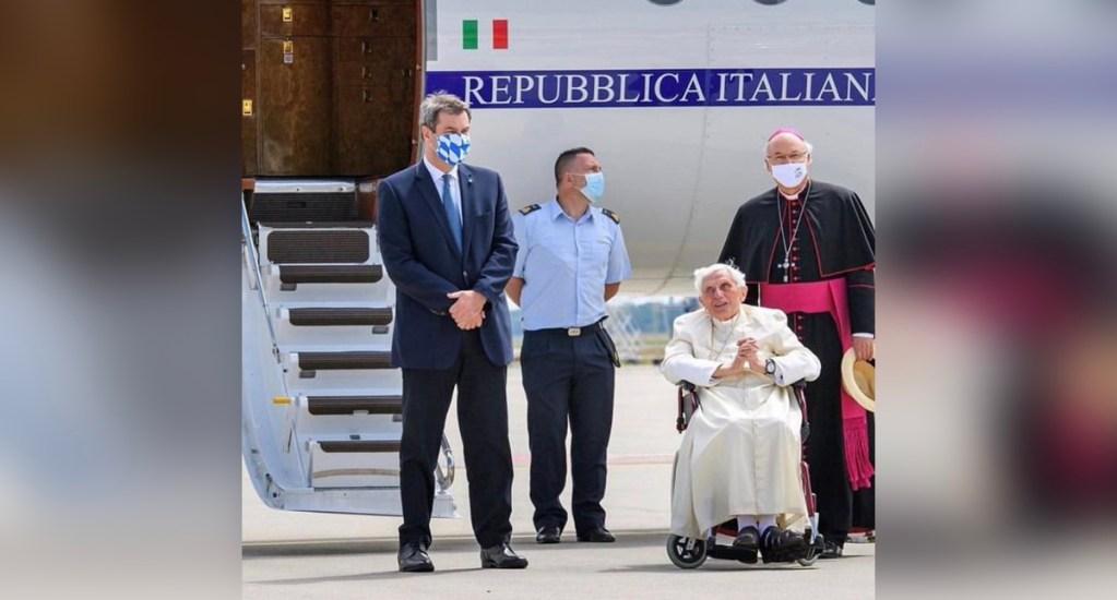 Benedicto XVI regresa a Roma tras visitar a su hermano enfermo en Alemania - Regreso a Roma de Benedicto XVI