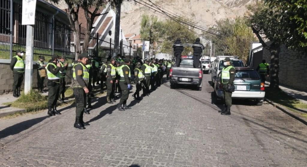 Embajada de México en Bolivia registra movimiento policiaco inusual en inmediaciones de residencia - Foto de @WilSantacho