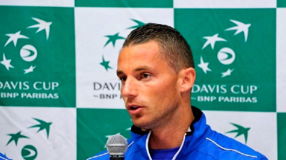 Tenista bosnio da positivo a COVID-19 tras torneo en Belgrado - Tenista bosnio Tosmislav Brkic coronavirus COVID-19