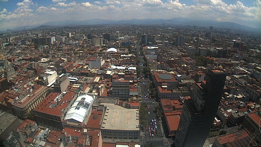 Aumenta presencia de personas en Centro Histórico de la Ciudad de México - Foto de Webcams de México