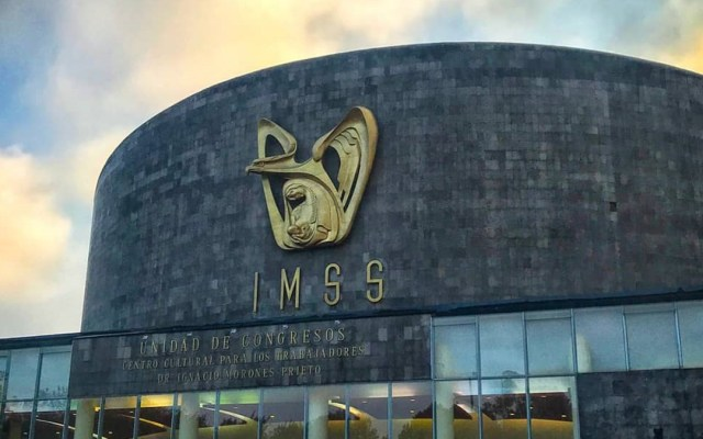 Multan a 11 empresas por prácticas monopólicas en licitaciones del IMSS e ISSSTE - Unidad de Congresos del Centro Cultural Dr Ignacio Morones del IMSS. Foto de @imss_mx