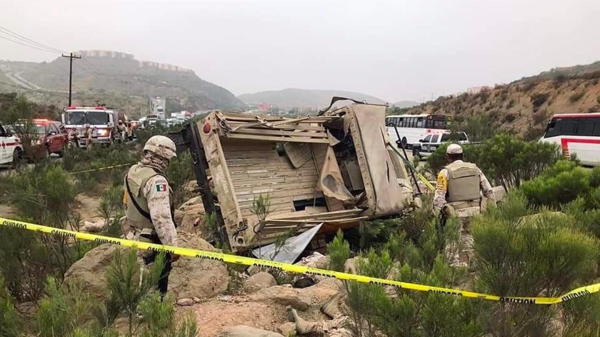 ¡Trágico accidente! Fallecen seis militares tras volcadura