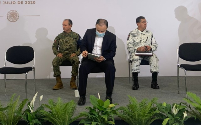Asiste Alfonso Durazo a reunión de seguridad en Irapuato, Guanajuato - Foto de @periodistafrg