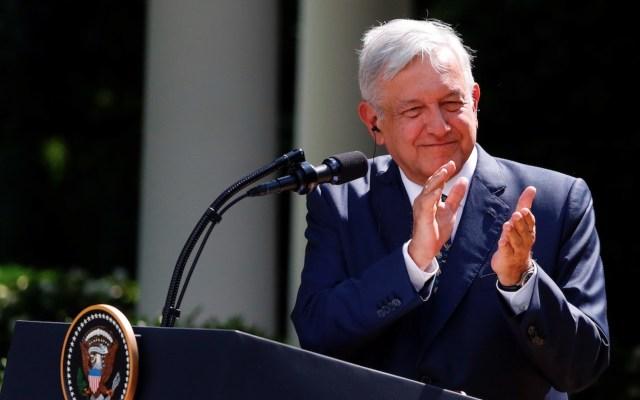 López Obrador agradece a Trump tratar a México con 'gentileza y respeto' - AMLO en declaración conjunta con Donald Trump desde la Casa Blanca. Foto de EFE