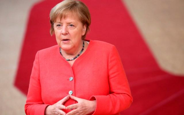 """Angela Merkel llega a los 66 años más """"requerida"""" que nunca, según medios alemanes - Foto de EFE"""