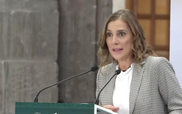 """""""Leer no da coronavirus"""", Beatriz Gutiérrez pide acercarse a la lectura - Beatriz Gutiérrez en la conmemoración de los 200 años de laSociedad Pública de Lectura. Captura de pantalla"""