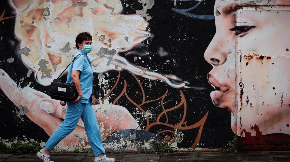 Estudio muestra los errores que se cometieron en diversos países durante el desconfinamiento - Foto de EFE