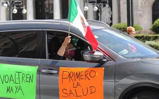 "Mexicanos asisten a cuarto ""claxonazo"" contra López Obrador - Claxonazo López Obrador México Ciudad protesta"