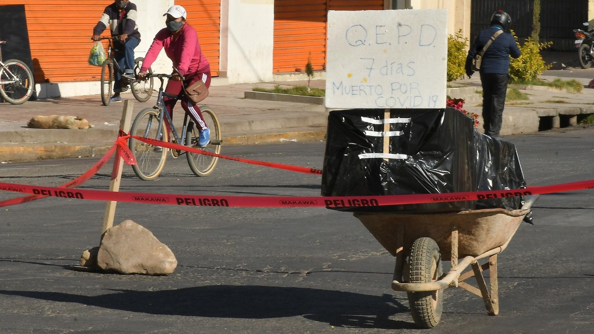 Cochabamba Bolivia mundo COVID-19 cadáver muerto 2
