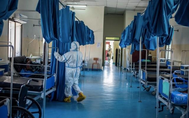 Hay más de 10 mil trabajadores de la salud contagiados de COVID-19 en África - Foto de Twitter WHO
