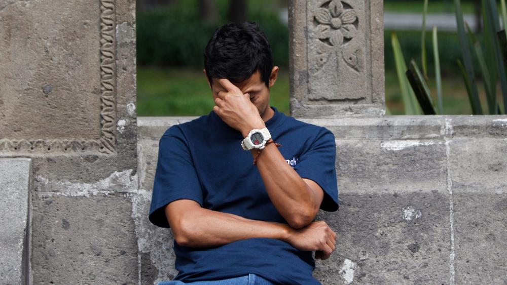 Migraña reduce productividad laboral en 85% de los mexicanos afectados - Foto de EFE