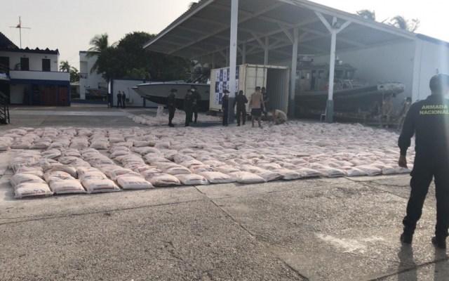 EE.UU. decomisa 7.5 toneladas de cocaína en operación conjunta con Colombia - Foto de U.S. Coast Guard District 7