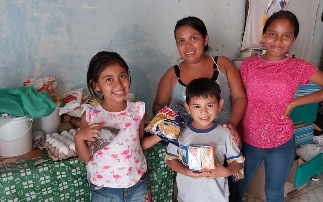 Papa Francisco dona 25 mil euros al Programa Mundial de Alimentos - Familia de Honduras beneficiada con asistencia alimentaria del Programa Mundial de Alimentos. Foto de @WFP_es