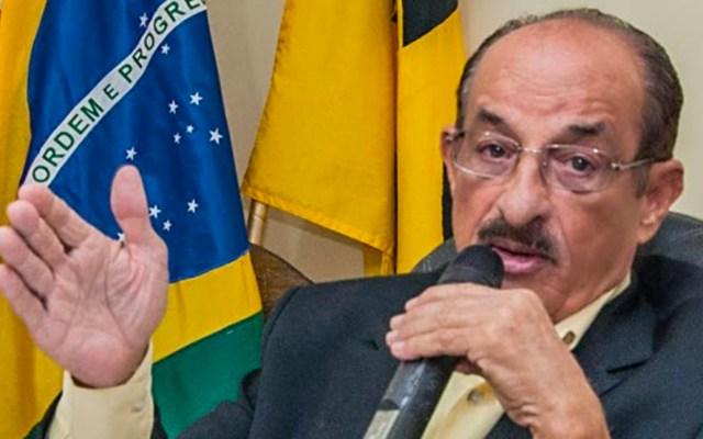 "#Video Alcalde de Itabuna, Brasil, anuncia apertura del comercio ""muera quien muera"" - Fernando Gomes, alcalde delmunicipio Itabuna"