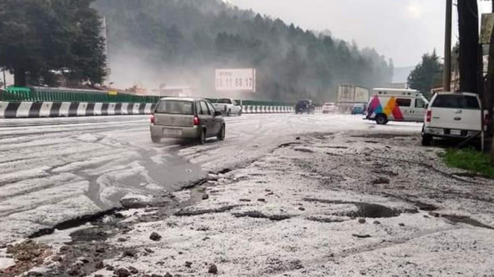 Carretera México-Toluca se cubre de blanco tras fuerte granizada - México Toluca granizada granizo tormenta lluvia 2
