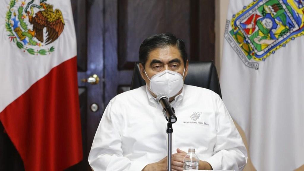 Puebla sigue en 'rojo infierno' por COVID-19, señala Miguel Barbosa - Miguel Barbosa, gobernador de Puebla. Foto de @MBarbosaMX