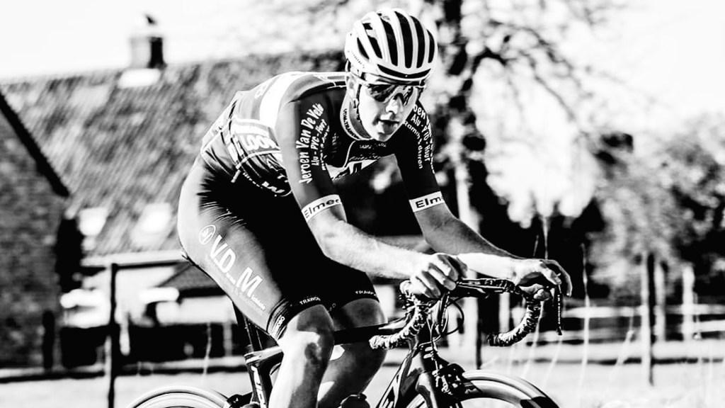 Murió ciclista de 20 años durante carrera tras insuficiencia cardíaca - muerte ciclista belga 20 años