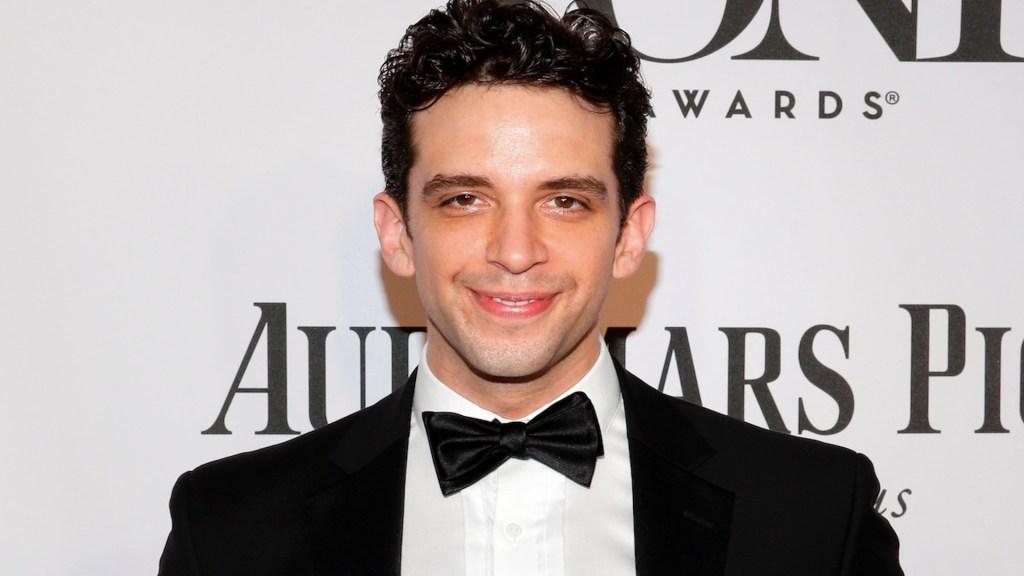 Murió Nick Cordero, actor de Broadway que requería doble trasplante de pulmones por COVID-19 - Foto de EFE