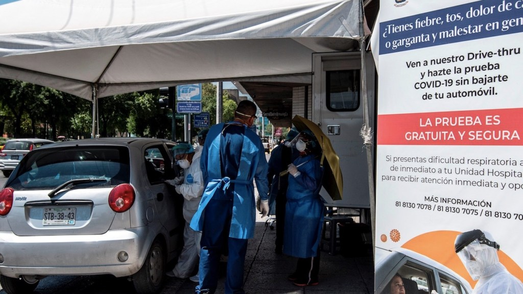 Falta de pruebas de COVID-19 en México desconcierta a expertos, revela The Guardian - Foto de EFE