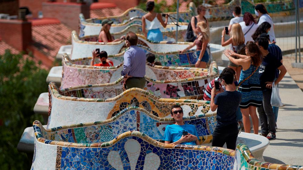 España endurece las medidas anti COVID-19 por temor a nueva ola de contagios - Foto de EFE