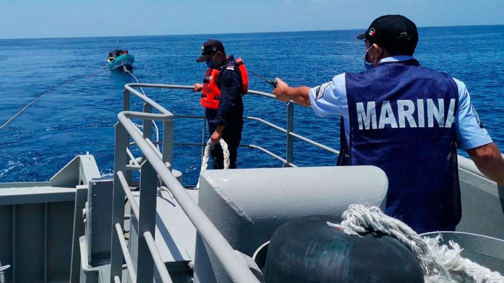 Semar rescata a nueve tripulantes de dos embarcaciones en Quintana Roo - semar quintana roo