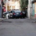 Localizan cuatro cuerpos al interior de un vehículo en Tlalpan