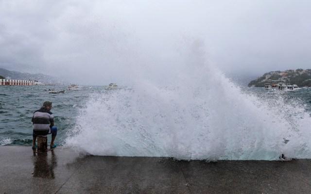 Continuarán las lluvias intensas en el Pacífico mexicano por tormenta tropical Cristina - tormenta tropical Cristina acapulco