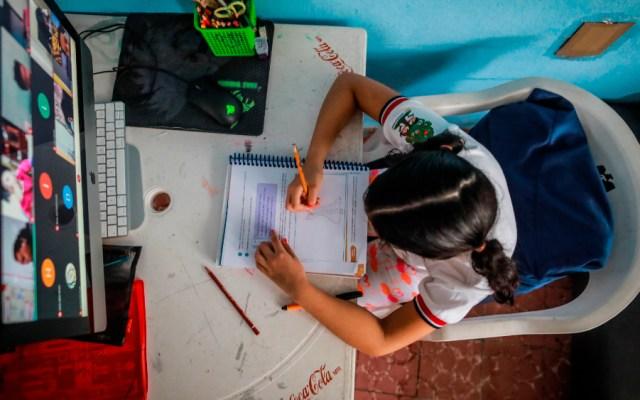 Aprende en Casa II es una revolución educativa, afirma Esteban Moctezuma por regreso a clases virtual - Foto de EFE