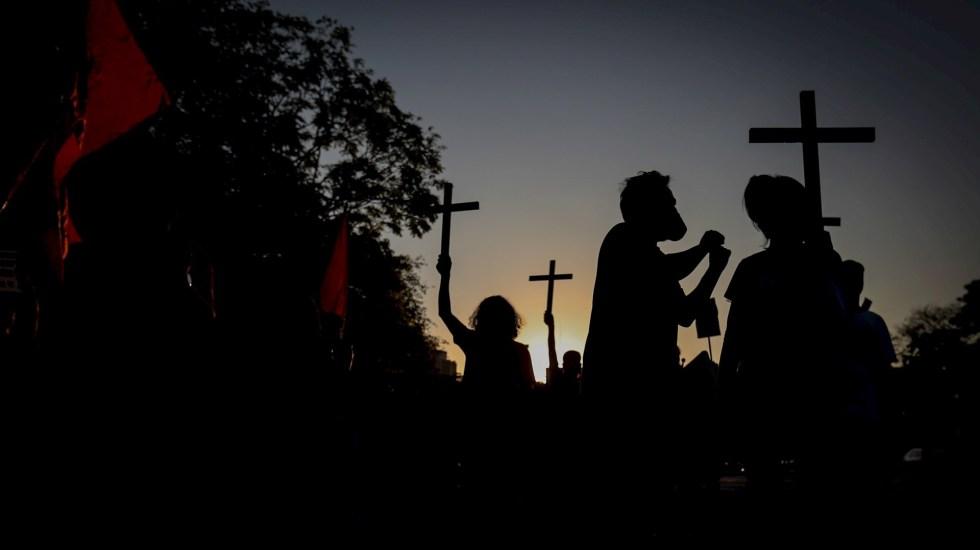 Brasil supera las 100 mil muertes por COVID-19 - Foto de EFE /Fernando Bizerra.