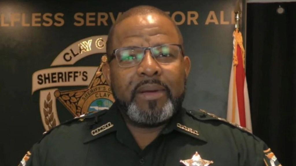 Detienen a alguacil de Clay, Florida, por ordenar encarcelar ilegalmente a su exnovia - Foto de ABC