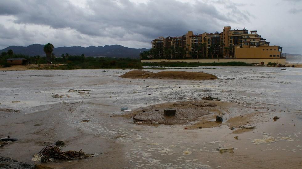 Genevieve deja seis muertos en su paso por México - Encharcamientos en Cabo San Lucas, Baja California Sur por paso de Genevieve. Foto de EFE