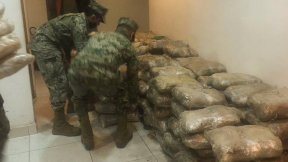 Marina y Guardia Nacional aseguran casi 700 kilos de mariguana en Baja California - Foto de Semar