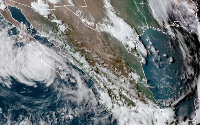 Genevieve provocará lluvias en cuatro estados; mantiene desplazamiento paralelo a BCS - Genevieve Tormenta Tropical lluvias torrenciales