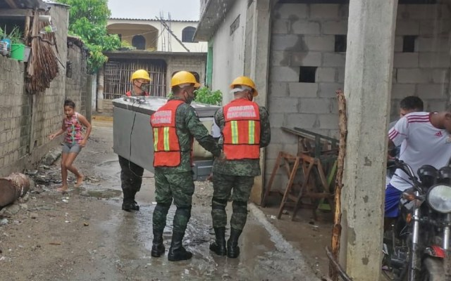 Atienden en Guerrero a municipios afectados por tormenta tropical Hernán - Foto de @HectorAstudillo