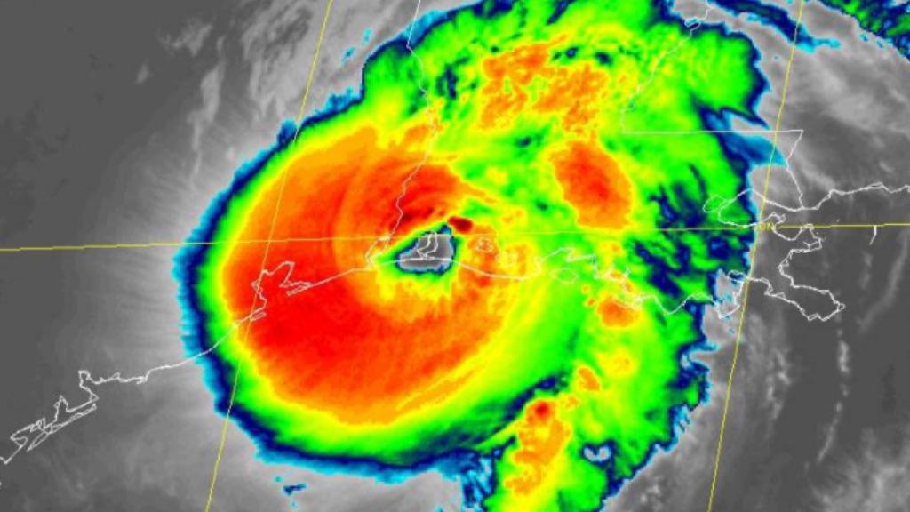 Laura toca tierra en costas de Louisiana como Huracán Categoría 4 con gran fuerza destructiva - Huracán Laura Louisiana toca tierra