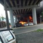 #Video Tres lesionados tras choque entre pipa y tren en Nuevo León