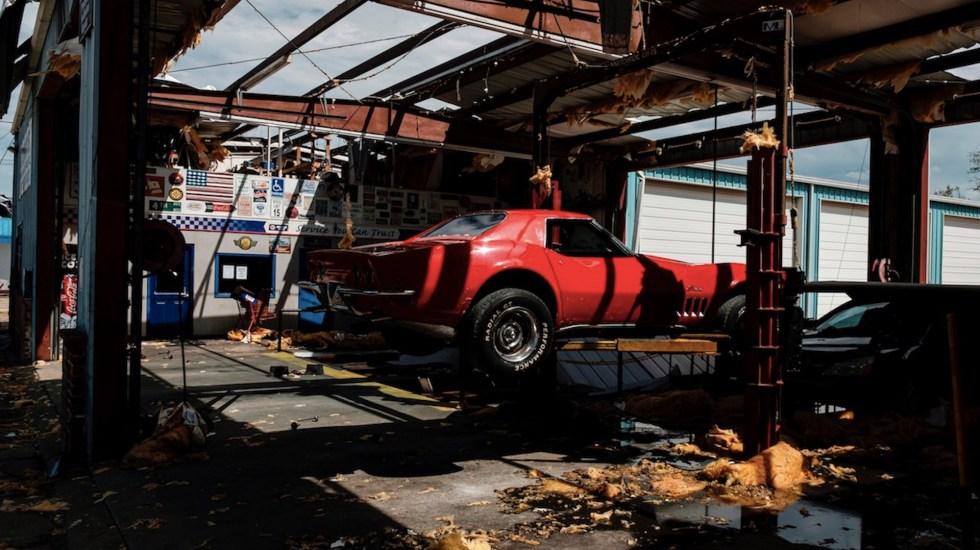 Laura deja al menos seis muertos en su paso por Luisiana - Foto de EFE