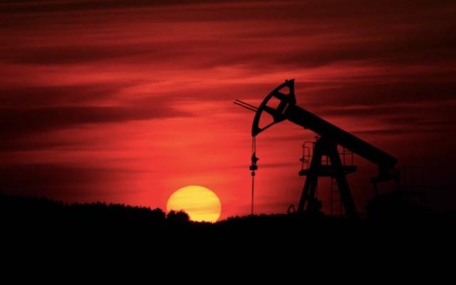 OPEP prevé una mayor caída de demanda de crudo por crisis de COVID-19 - Foto de Zbynek Burival @zburival