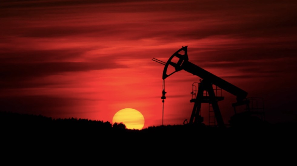La OPEP y Rusia, indecisas sobre oferta en febrero, seguirán debate mañana - Foto de Zbynek Burival @zburival