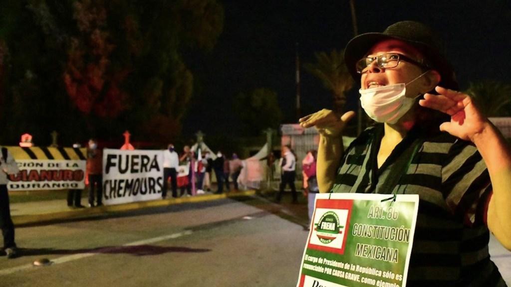 #Video Manifestantes protestan en Torreón contra López Obrador - Foto de El Sol de la Laguna