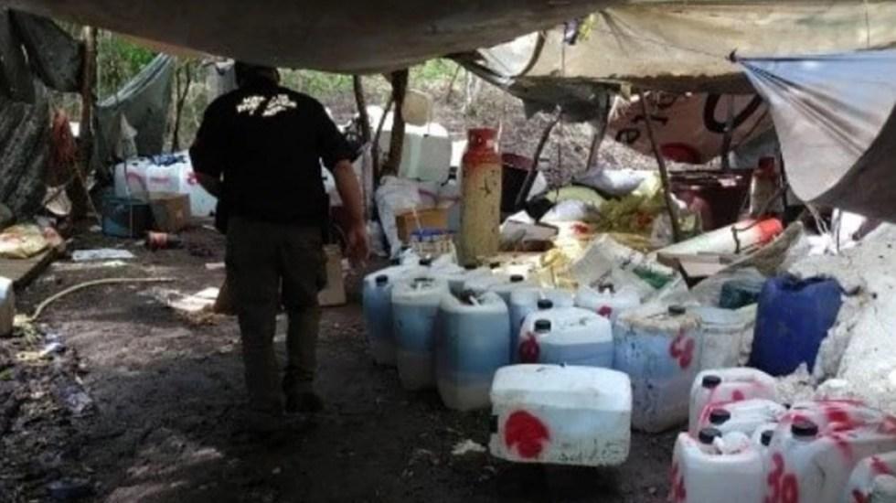 Decomisan en Sinaloa más de 65 toneladas de sustancias químicas para elaboración de drogas - Sustancias químicas para elaboración de drogas sintéticas decomisadas en Sinaloa. Foto de FGR