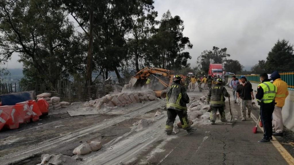 Vuelca tráiler en la México-Cuernavaca; reabren circulación tras varias horas de cierre - Foto de Guardia Nacional