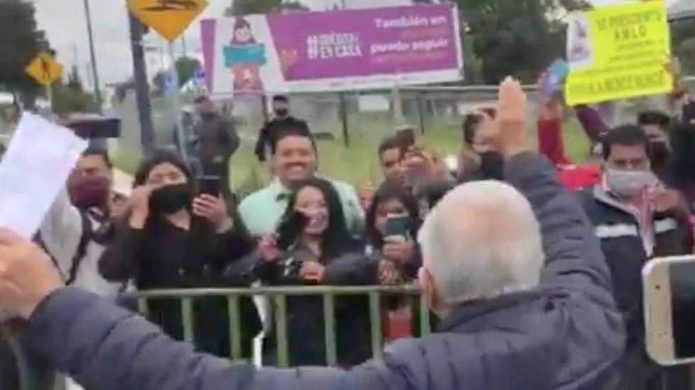 #Video López Obrador atiende a manifestantes por primera vez desde el inicio de la pandemia - Captura de pantalla