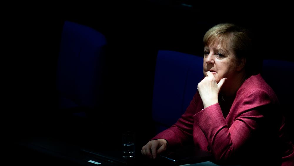 Merkel exige la igualdad del hombre y la mujer en todos los ámbitos - Foto de EFE